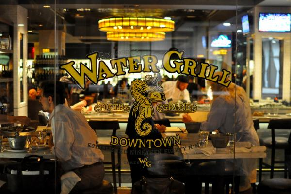 Water Grill Photo
