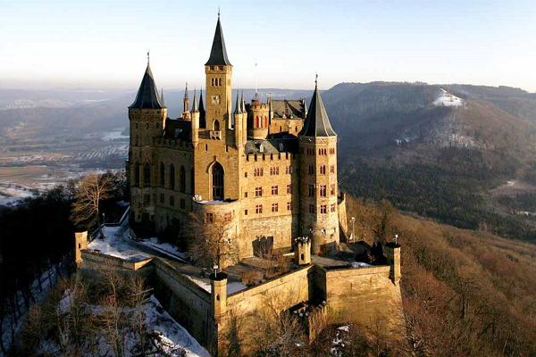 Hohenzollern Castle photo