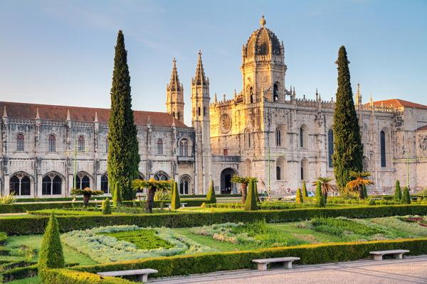 Jeronimos Monastery photo